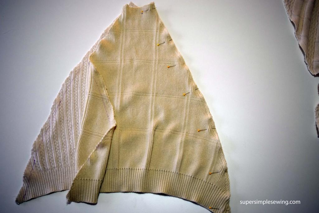 pin side tree skirt